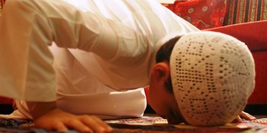 تعليم الأطفال العبادات الإسلامية